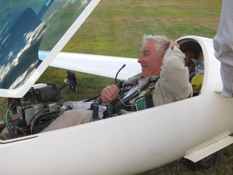 Ron – contest organizer, director, weatherman, PR manager and competition pilot